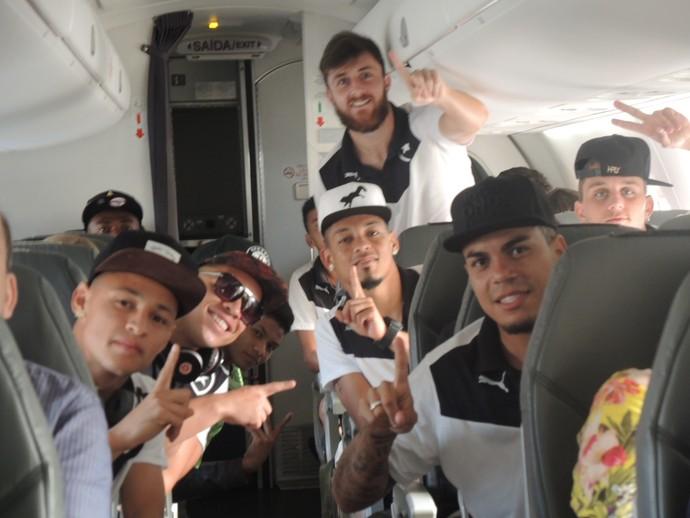 Botafogo avião (Foto: Gustavo Rotstein / GloboEsporte.com)
