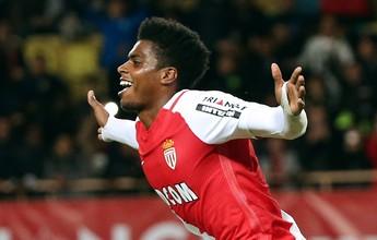 Monaco goleia com gols de Falcao e Jemerson e encosta no líder Nice