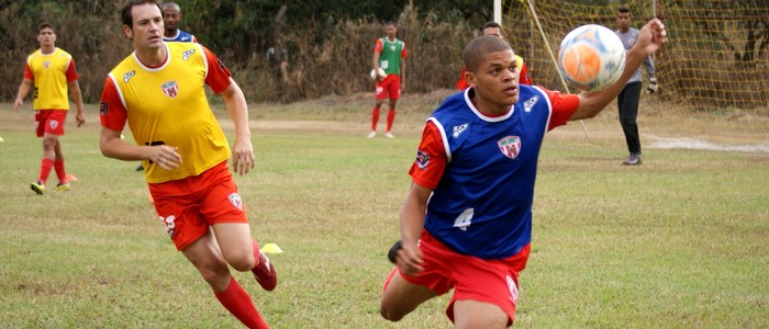 Técnico avaliou o grupo, após o jogo contra o Nacional  (Foto: Renato Gonçalves / Assessoria Novo Esporte)