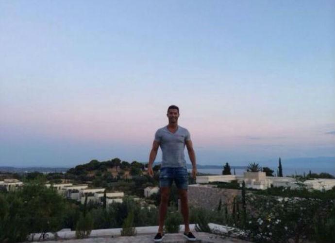 Cristiano Ronaldo em Mykonos (Foto: Reprodução/Instagram)