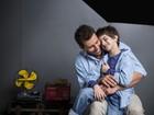 Henri Castelli estrela campanha de Dia dos Pais ao lado do filho