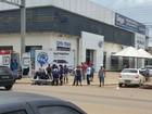 Carro invade preferencial e atropela motociclista na 319 em Porto Velho