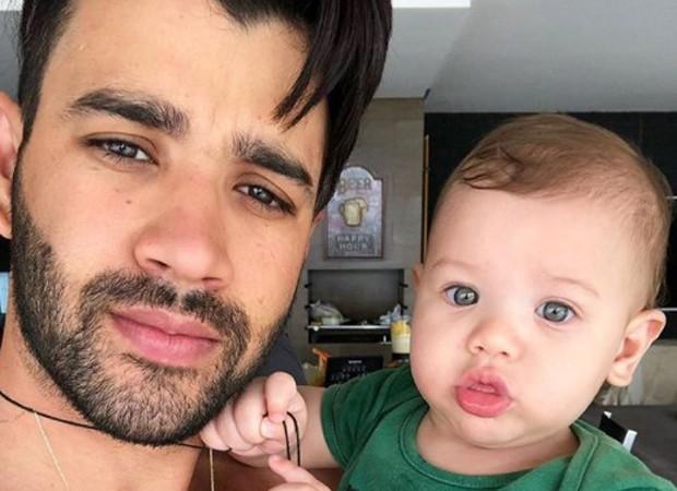 Gusttavo Lima e o filho, Gabriel (Foto: Reprodução/Instagram)