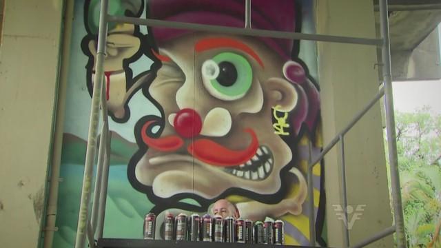 Muro grafitado no Centro Histórico de Santos (Foto: Reprodução/TV Tribuna)
