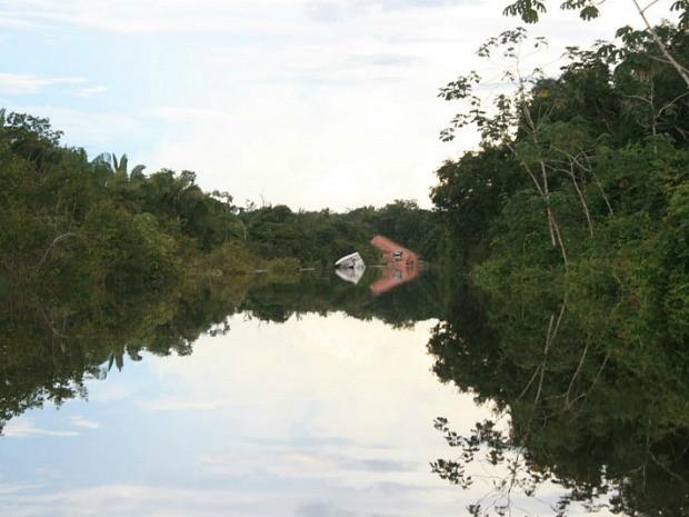 Água toma conta de trechos da Rodovia Transamazônica (Foto: Ivanir Valentim/TV Amazonas)