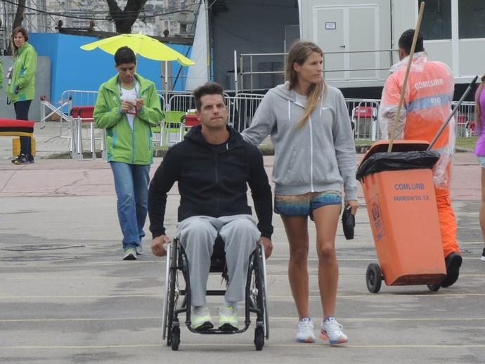 Fernando Fernandes e  Viktoria Schwarz no evento-teste (Foto: Thales Soares)