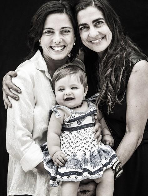 Kika Mattos, Carol Machado e a filha, Tereza (Foto: Fábio Seixo)