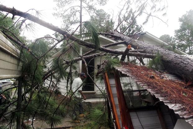 Resultado de imagem para furacão florida 2016