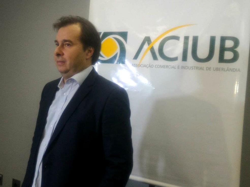Rodrigo Maia falou com a imprensa mineira antes de participar de evento (Foto: Bárbara Almeida/G1)