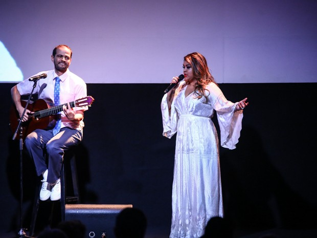 Preta Gil em premiação no Rio (Foto: Felipe Assunção e Marcello Sá Barretto/ Ag. News)
