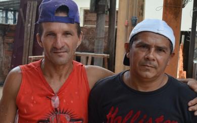 Valdir Almeida e Hermes Viana, ex-jogadores Santarém (Foto: Gustavo Campos/GloboEsporte.com)