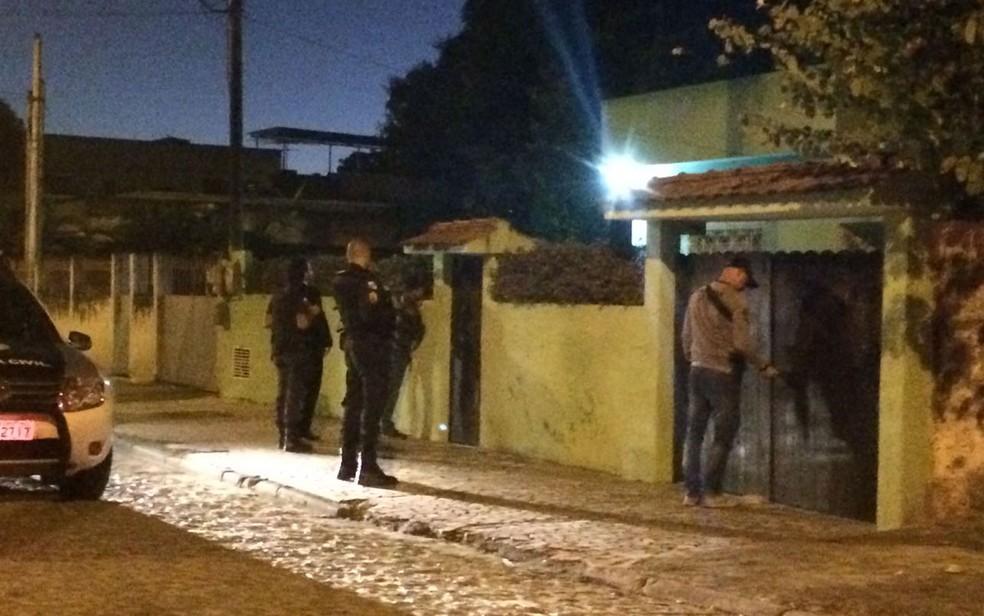 Operação Calabar é deflagrada para prender traficantes e cerca de 100 PMs (Foto: Fernanda Rouvenat/G1)