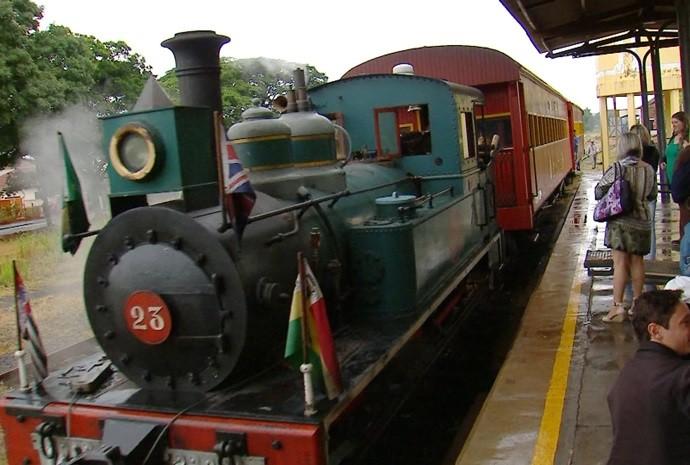 Trem Turístico Moita Bonita fez parte do roteiro do passeio do Revista de Sábado (Foto: Reprodução/ TV TEM)