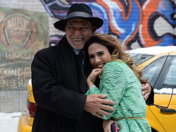 Lima Duarte e Tatá Wernreck em cenas que se passam em Nova York (Foto: Globo/Zé Paulo Cardeal)