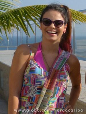 Sthefany Brito grava cenas da volta de Amaralina (Foto: Flor do Caribe / TV Globo)