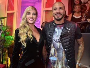 """Aline e Fernando na final do """"Big Brother Brasil 15"""" (Foto: Roberto Teixeira/ EGO)"""