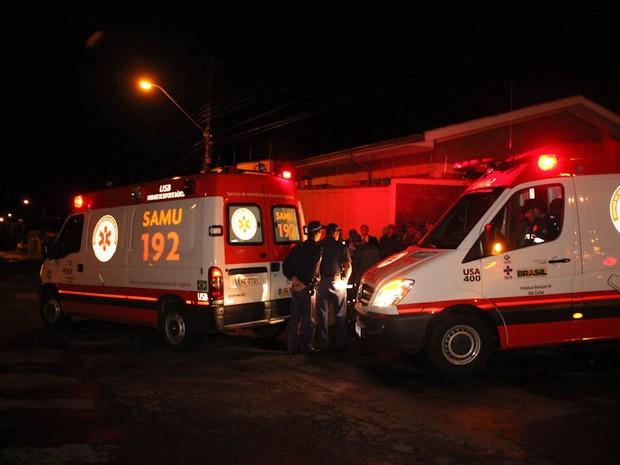 Jovem foi encontrado morto com ferimentos na cabeça em São Carlos (Foto: Maurício Duch)