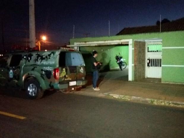 Major da PM morre após ser baleado pela esposa durante briga em Campo Grande (Foto: Carla Salentim/G1 MS)