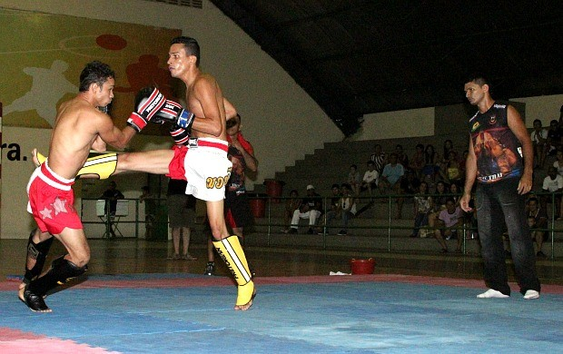 muay thay amazonas (Foto: Frank Cunha/GLOBOESPORTE.COM)