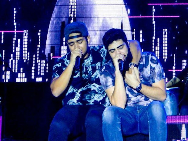 Henrique e Juliano durante apresentação na ExpoArcos 2016 (Foto: Criativizei Eventos/Divulgação)