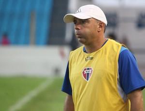 Baratz tem problemas para definir o time atleticano (Foto: Biaman Prado/O Estado)
