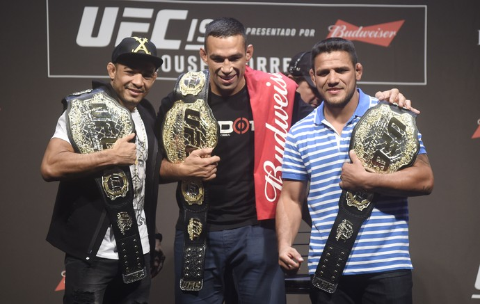 Campeões do UFC José Aldo Fabricio Werdum Rafael dos Anjos (Foto: André Durão)