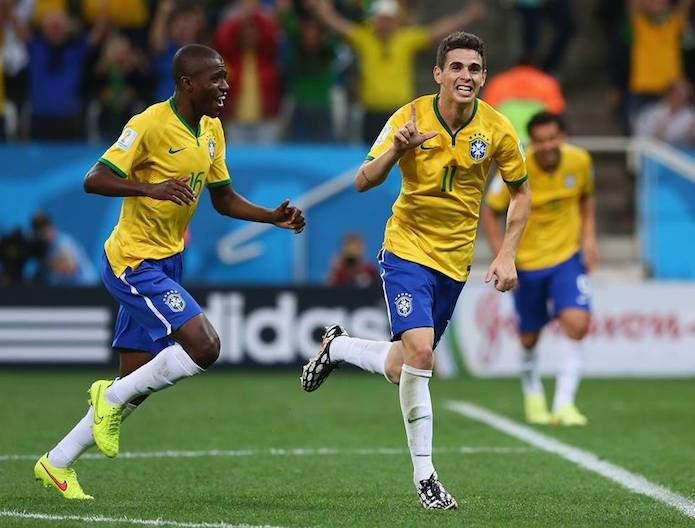 Terceiro gol do Brasil marcado pelo meio campo Oscar (Foto: Divulgação/FIFA)
