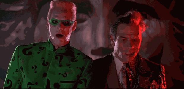 Jim Carrey e Tommy Lee Jones em Batman Eternamente (Foto: reprodução)