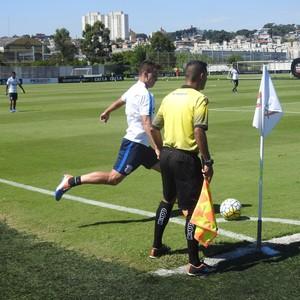 Rodrigo Figueiredo Corinthians Atibaia (Foto: Marcelo Braga)