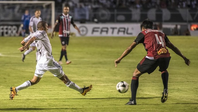 Ponte Preta x Botafogo Campeonato Paulista (Foto: Fábio Leoni / PontePress)