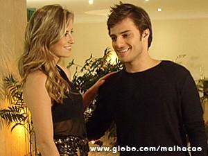 Martin convence a gata e esquece da festa (Foto: Malhação / TV Globo)
