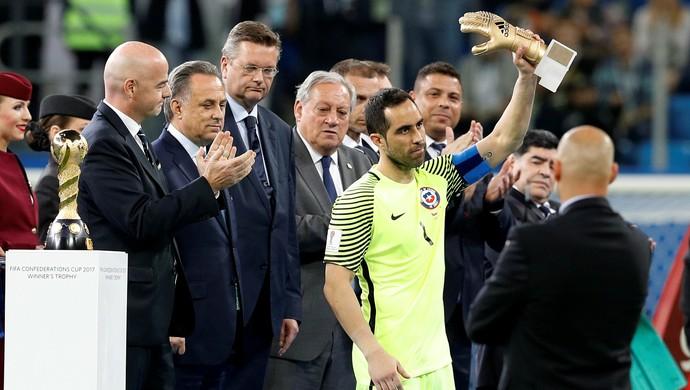 Bravo Chile goleiro Copa das Confederações final Alemanha (Foto: Darren Staples/Reuters)