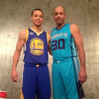 Curry e o pai Dell (Foto: Reprodução/Facebook)