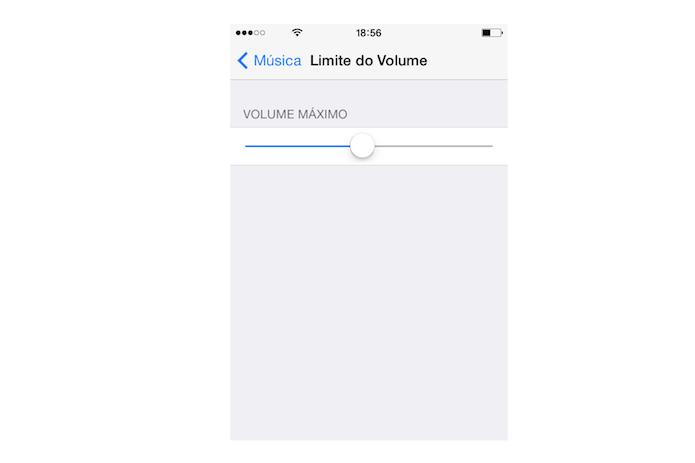 Alterando o limite de volume para reprodução de música no iOS (Foto: Reprodução/Marvin Costa)