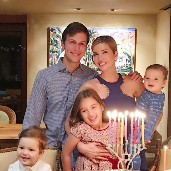 Ivanka Trump com o marido e os três filhos (Foto: Reprodução)