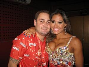 Mayra Cardi e marido (Foto: EGO)