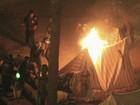 Manifestantes voltam ao centro do Cairo dois anos após revolução
