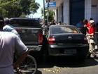 Motorista fica presa às ferragens em acidente no Centro de Fortaleza