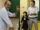 Gustavo Fruet e Ratinho Junior votam na manhã deste domingo
