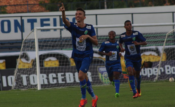 Esquerdinha, Altos x Picos - Campeonato Piauiense 2017 (Foto: Wenner Tito )