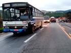 Nova União – 19h15: Carro e ônibus se envolvem em acidente na BR-381