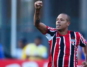 luis fabiano s&#227;o paulo gol corinthians (Foto: Wagner Carmo / Vipcomm)