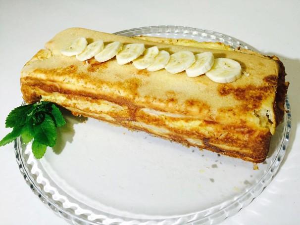 Clube Rural de domingo (03) ensinou o preparo do bolo cremoso de banan (Foto: Rede Clube)