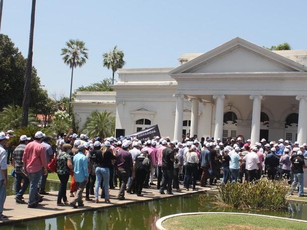 Governador recebeu prefeitos no Palácio de Karnak e ouviu reinvindicações (Foto: Gustavo Almeida/G1)