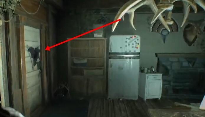 Lança-granadas fica fora de caminho linear de Resident Evil 7 (Foto: Reprodução/Felipe Demartini)