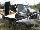 Motorista de carro morre em batida com van escolar, diz prefeitura