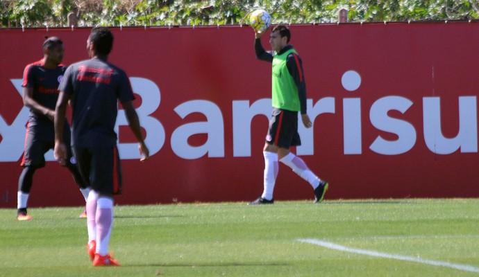 Rak treino do Inter (Foto: Eduardo Deconto/GloboEsporte.com)