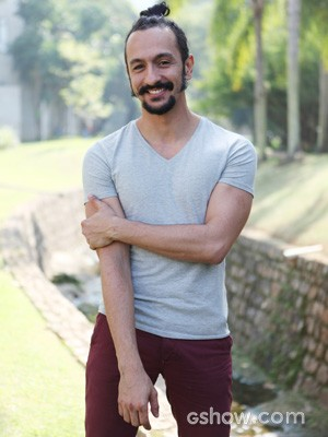 O ator opina sobre o lado galã do Zelão (Foto: Carol Caminha / TV Globo)