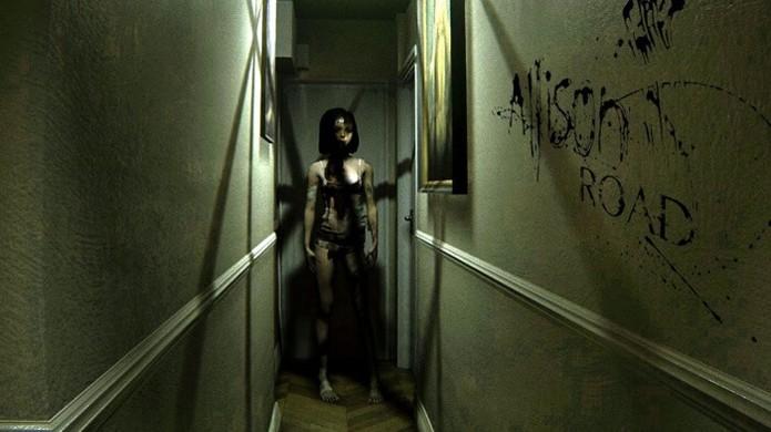 Com uma atmosfera inspirada por Silent Hills, o game Allison Road tem muito potencial no PlayStation VR (Foto: Reprodução/GameRant)