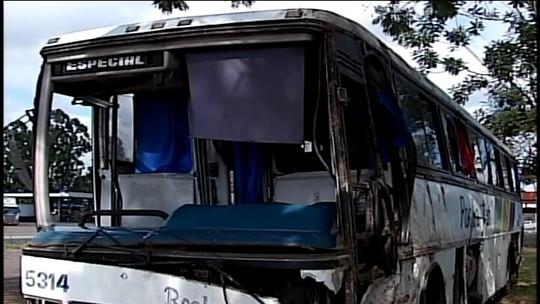 Feridos durante tombamento de ônibus no Alto Paranaíba recebem alta